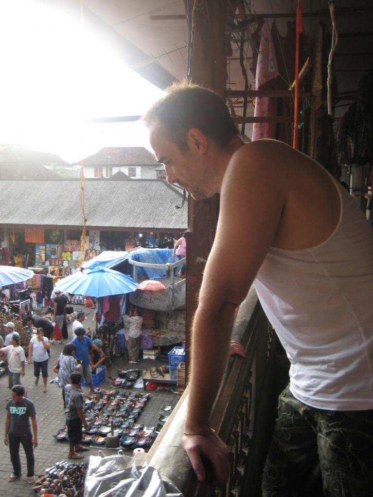 Looking at the crows in Bali, ubud